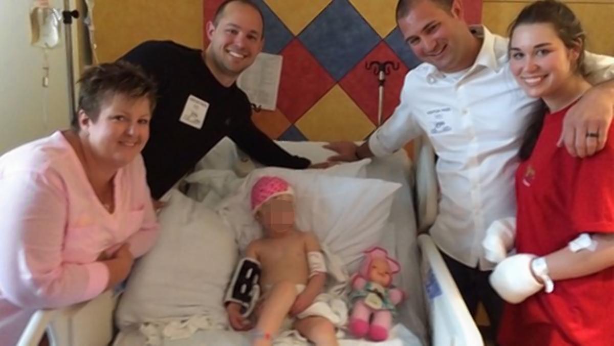 Persone Attaccate Da Pitbull.Texas Mamma Morde Pitbull Per Salvare La Figlia Di Due Anni E Mezzo