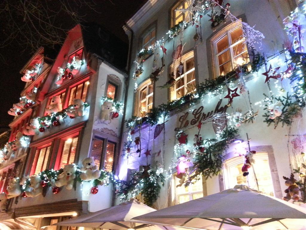Decorazioni Per Casa Di Natale : Strasburgo luci e colori della città del natale tgcom foto