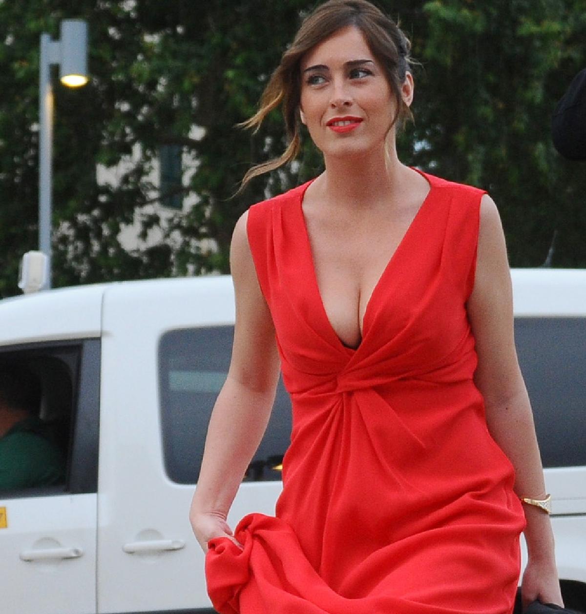 Maria Elena Boschi In Bikini Le Sue Pose Non Sono Proprio
