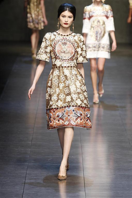 La donna regina di Dolce e Gabbana - Tgcom24 - Foto 1 c5b99732c03