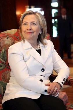 """Clinton: """"Evitato massacro Bengasi"""" La Nato raggiunge l'intesa su no-fly zone FOTO ANSA Dopo l C_2_articolo_1004212_imagepp"""