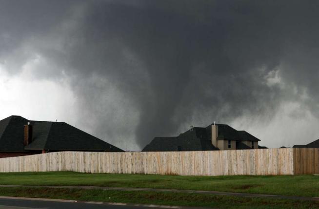 tornado oklaoma