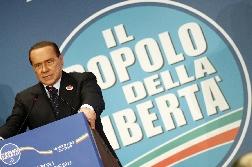 """Berlusconi:riforme, discutere con opposizione La trattativa sarà condotta da Alfano"""" Il leader del Pdl interviene al congresso milanese del partito C_2_articolo_1038922_imagepp"""