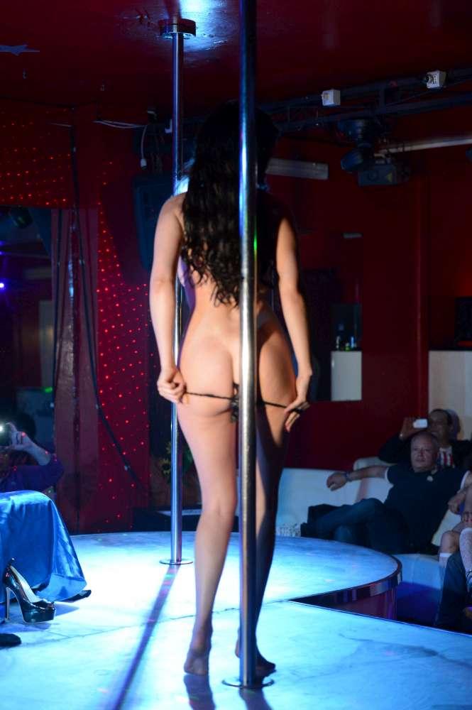 video lap dance night club come stuzzicare un uomo