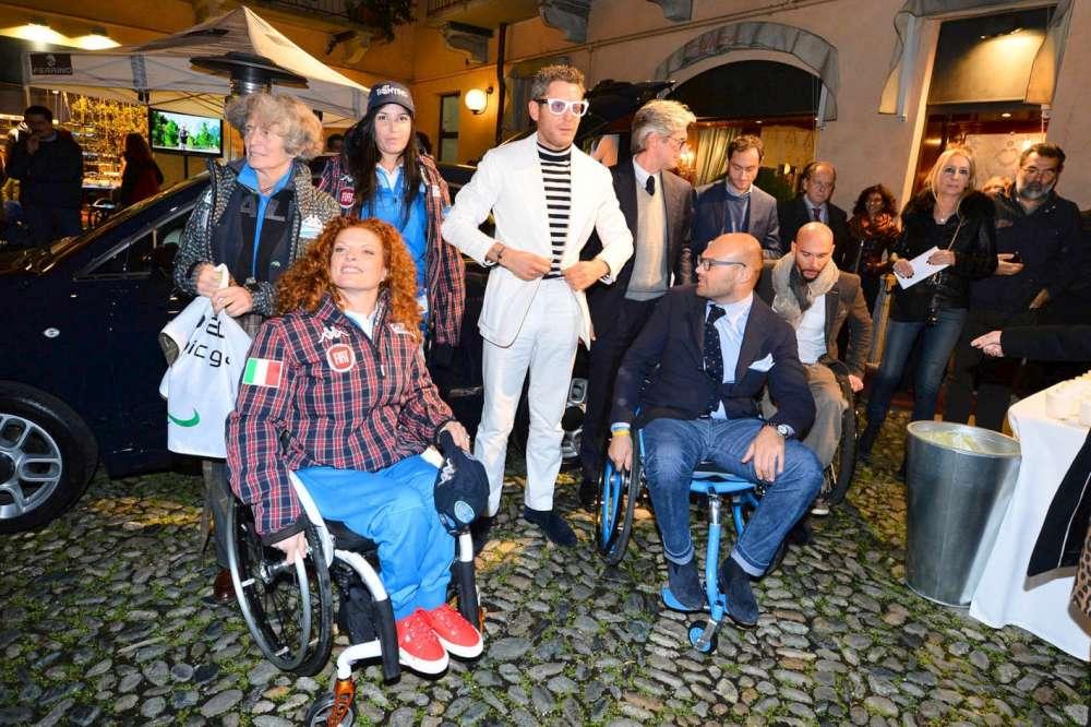 Lapo ora produce sedie a rotelle griffate tgcom24 foto 1 for Sedia fortnite