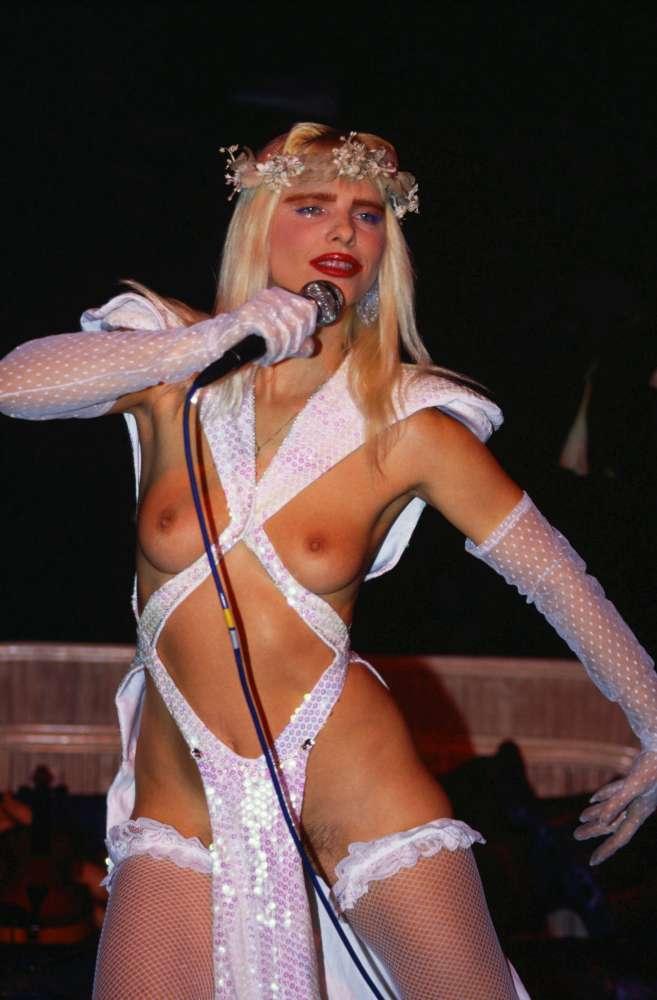 BEST OF  CICCIOLINA sex  XVIDEOSCOM