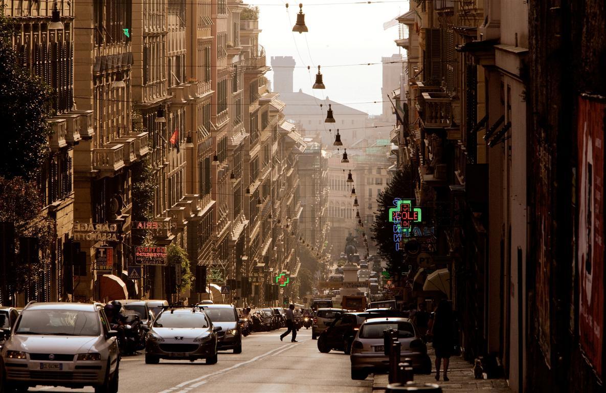 Genova Tra Palazzi Nobiliari E Quot Caruggi Quot Tgcom24 Foto 1