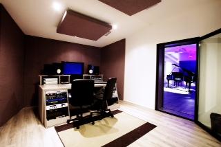 Bed rec il primo studio di registrazione turistico in italia tgcom24 foto 1 - Studio di registrazione in casa ...